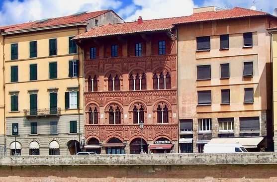 palazzo agostini pisa